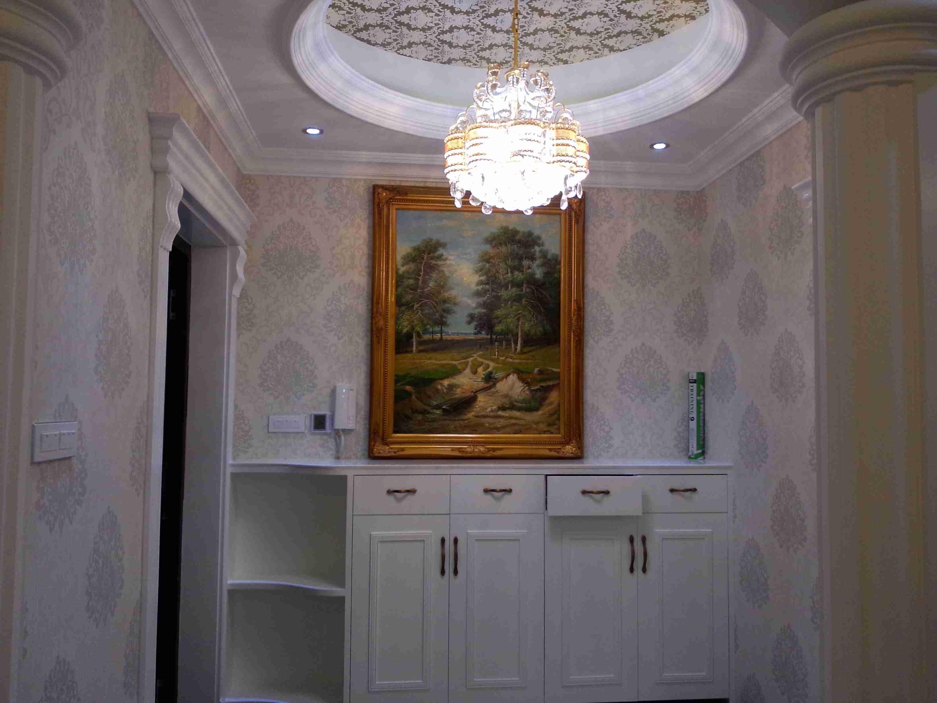 红霞名苑 三室两厅 欧式风格